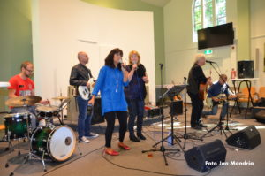 Daily Folk in Zendingskerk 1